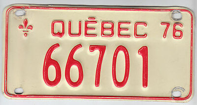 1976 Quebec Canada Small License Plate 66701