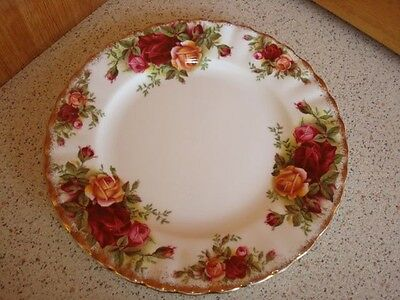 """Royal Albert """"Old Country Roses"""" Trio Set Plate"""