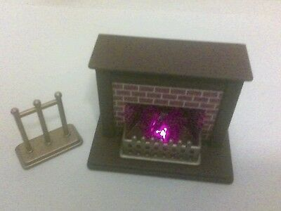 Sylvanian Families Calico Critters Working JP Vintage Fireplace Playset TOMY