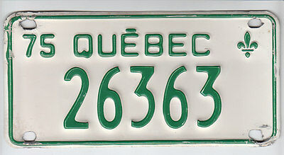 1975 Quebec Canada Small License Plate 26363