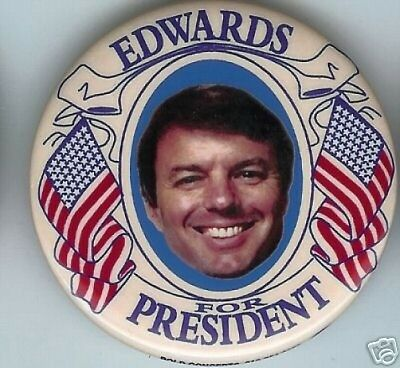 John EDWARDS  President pin 2008 US FLAG