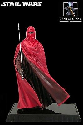 Gentle Giant Star Wars Red Royal Guard Statue New