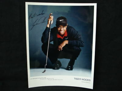 Tiger Woods Signed 1998 Rookie Yr Photo Img Agency Auto