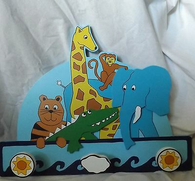 Kids Childs Zoo Animal Decor Wooden Pegs Clothes Hanger Hook Wall Mounted
