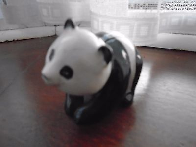BESWICK small panda bear Excellent Condition REF 19