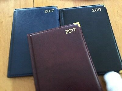 2017 A5 Diary  Corner Padded Gold  Corners Week View Per Page (Choice Of 3 Col)