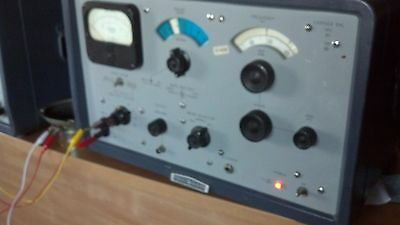 HP 302A Wave Analyzer Museum Quality Tested and fully fuctional