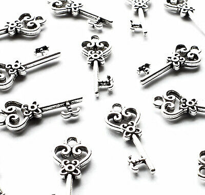 10 x Mini Heart Key Charms Antique Silver Plated, 21mm, Vintage jewellery craft