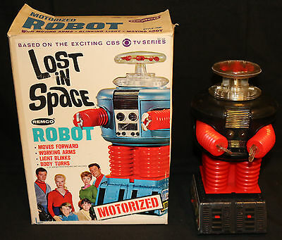 Lost in Space Motorized Robot by Remco - CBS TV Series (Near MIB) 1966