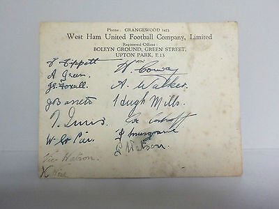 1930's West Ham United Football Autographs - SIGNED CARD - 14 Autographs!