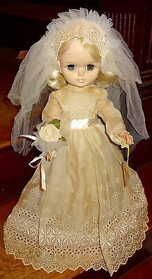 1965 Effanbee Miss Chips Eyelet Blonde Bride Doll Stockings Hang Tag Veil Dress