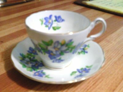 Vintage Grosvenor bone china tea cup and saucer blue