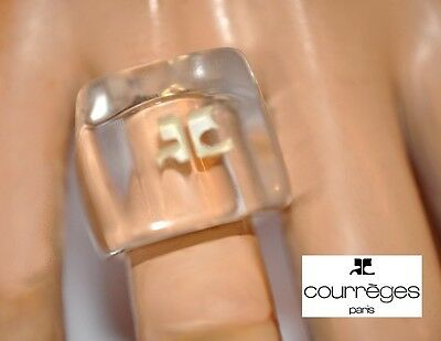 VINTAGE 70's SIGNED COURREGES CLEAR LUCITE RING SIZE 7 + LOGO