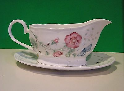 LENOX BUTTERFLY MEADOW GRAVY BOAT with STAND first quality NEW in BOX