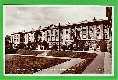 Three vintage cards, Oxford, New College. Worcester College, Magdalen College