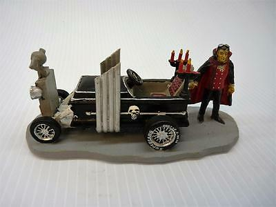 Lemax Halloween Spooky Town Vampire Hotrod (a2064)