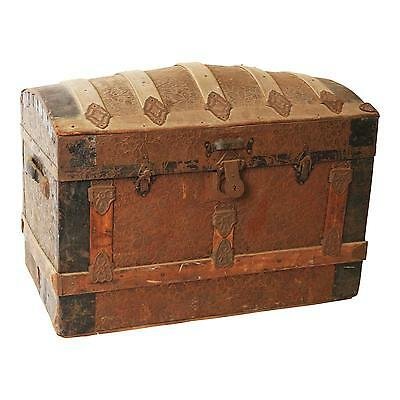 Vintage CAMELBACK TRUNK storage chest steamer train humpback box wooden antique