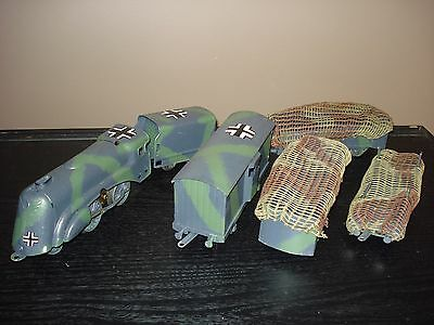 Jouets anciens locomotive 120 JEP tender 4 wagons repeints camouflage