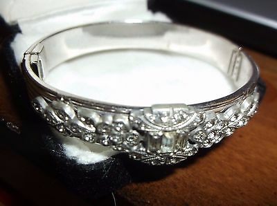 ALLCO signed BANGLE RHINESTONES HINGED BRACELET