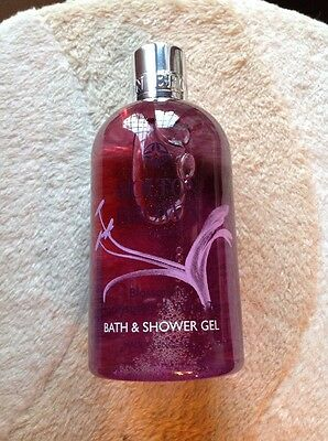 Molton Brown Blossoming Honeysuckle & White Tea Bath & Shower Gel 300ml **NEW**