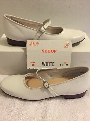 Womens Size 6.5 M White Scoop Square Dance Shoes