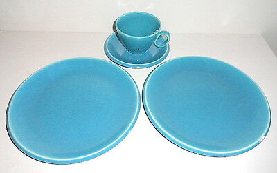 "Homer Laughlin EPICURE Turquoise Blue 10"" Dinner Plates, Cup & Saucer"