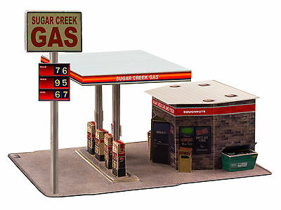 """BK 4308 1:43 Scale """"Modern Gas Station"""" Photo Real Scale Building Kit"""