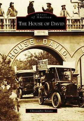 The House of David by Christopher Siriano Paperback Book (English)