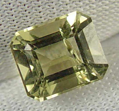 KORNERUPINE Natural 2.00 CT Well Cut Rare Collectors' Gemstone 12032535-Q