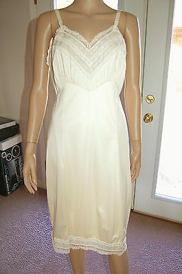 Vintage Adonna Ivory full slip with beautiful trim work size 36