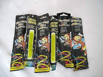 12 Glow Sticks For Fishing Or Party Parties And Glow Stick Bracelet Nightclubs