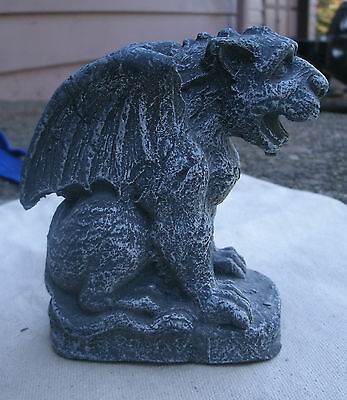 Winged Lion style Gargoyle,made of powdered stone & resin,stone look -gothic