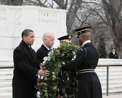 OBAMA AND BIDEN AT TOMB OF THE UNKNOWN SOLDIER 8x10 SILVER HALIDE PHOTO PRINT