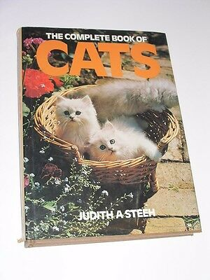 1982 Complete Book Of Cats Hard Cover Coffee Table Book By Judith A. Steeh