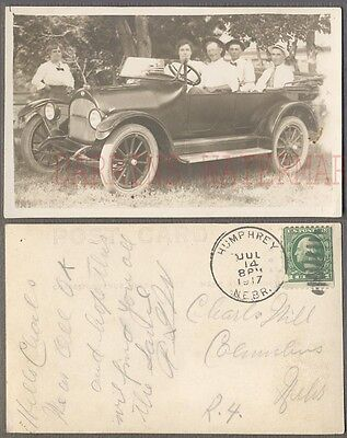 Vintage Car Photo Postcard Family in 1916 Overland Humphrey Nebraska 740036