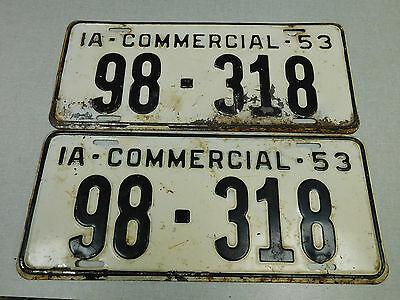 1953 Iowa commercial license plate pair