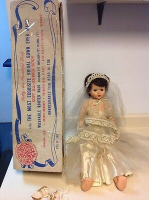 """Vtg Betty The Beautiful Bride Doll Box 30"""" Gorgeous Gown Authentic Original"""