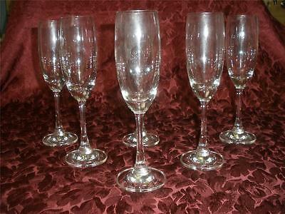 Lovely Clear Glass White Wine Glasses X 6