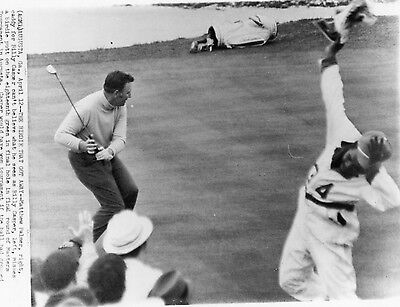 Golf Photo Billy Casper Misses Putt Masters Augusta Caddy Tad Disappointed 1970