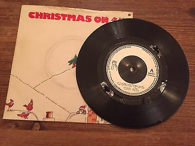 "Holly and the Ivys - Christmas on 45 7"" vinyl"