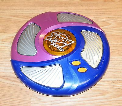 Genuine Hasbro 2005 Simon Trickster Electronic Full Size Hand Held Game **READ**
