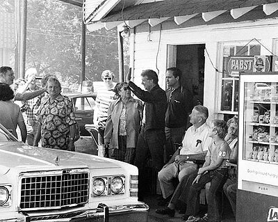 Jimmy Carter Campaign Stop At Plains, Georgia 16x20 Silver Halide Photo Print