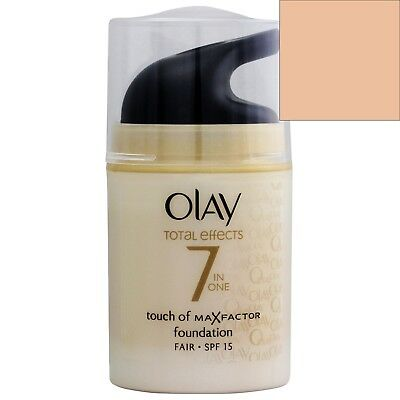 NEW Olay Touch of Foundation Regenerating Moisturizer (Med)