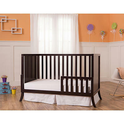 Dream On Me Universal Toddler Guard Rail - Chocolate