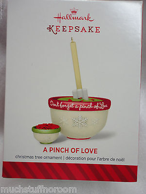 2014 Hallmark Ornament NEW FREE S&H A Pinch of Love mixing bowls cooking cook