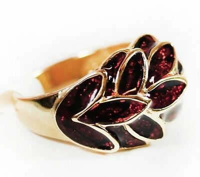 USA Vintage Cocktail Ring Gold and Deep Ruby Enamel with Sparkle Leaf Motif 1933
