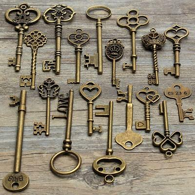 Set Of 18 Antique Vintage Old Look Bronze Skeleton Key Heart Bow Lock pendant