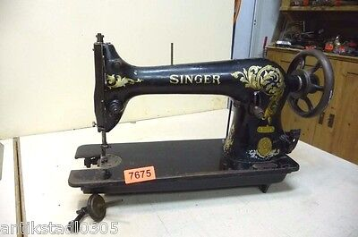 Nr. 7675.  Alte Nähmaschine  Singer Ledermaschine  Old Sewing Machine