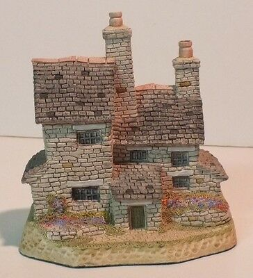 The Stonecutters Cottage from the Cottage Collection by David Winter - - NEW
