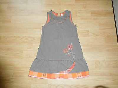 robe Orchestra taille 5 ans comme neuve
